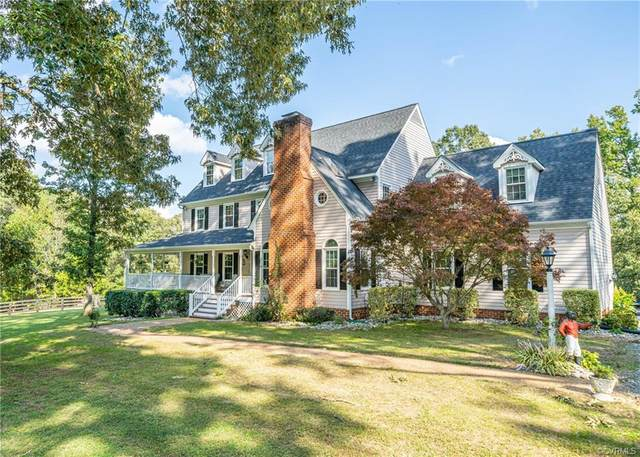 3028 Maidens Road, Powhatan, VA 23139 (MLS #2029981) :: Keeton & Co Real Estate