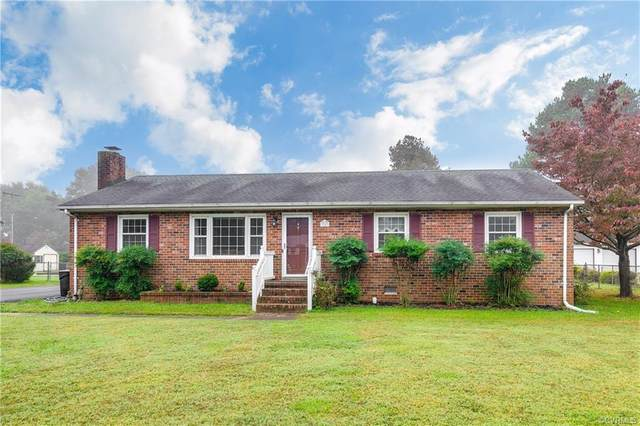 7243 Fairview Drive, Mechanicsville, VA 23111 (MLS #2030808) :: Treehouse Realty VA