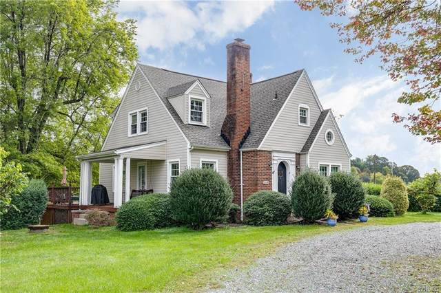 17068 Mountain Road, Montpelier, VA 23192 (MLS #2031267) :: Village Concepts Realty Group