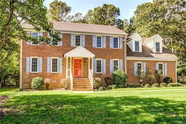 10236 Salem Oaks Drive, North Chesterfield, VA 23237 (MLS #2031998) :: Keeton & Co Real Estate