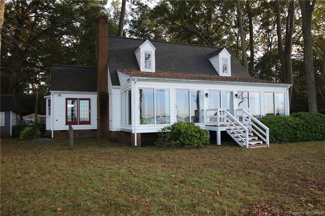 157 Sunset Lane, Hallieford, VA 23068 (MLS #2032588) :: Treehouse Realty VA