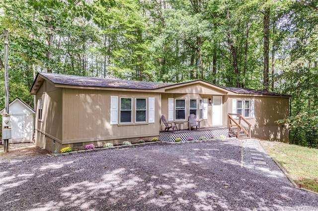 9750 Mohican Drive, Gloucester, VA 23061 (MLS #2032849) :: EXIT First Realty