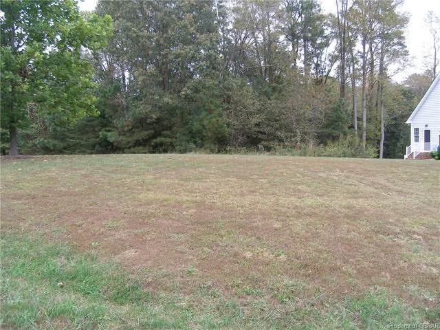 Lot 26 Middle Gate, Irvington, VA 22480 (MLS #2032877) :: Blake and Ali Poore Team