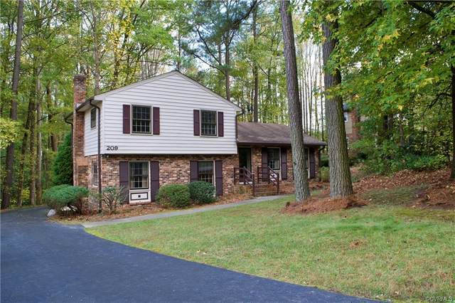 209 N Pinetta Drive, Chesterfield, VA 23235 (MLS #2033336) :: Treehouse Realty VA