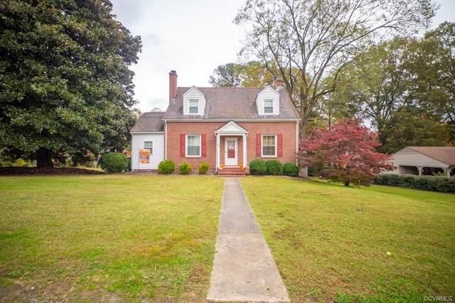 601 College Avenue, Blackstone, VA 23824 (MLS #2033402) :: Treehouse Realty VA