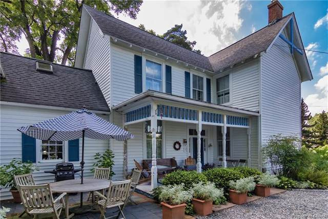 250 Prince George Street, Urbanna, VA 23175 (MLS #2034020) :: EXIT First Realty