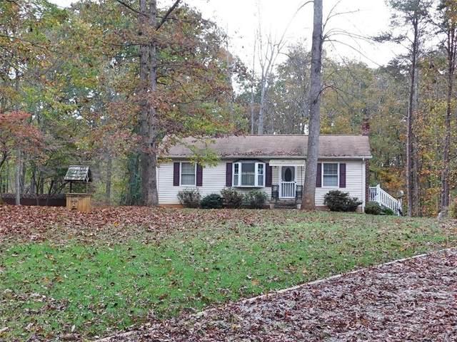 334 Ridge Road, Prosepct, VA 23960 (MLS #2034034) :: Treehouse Realty VA