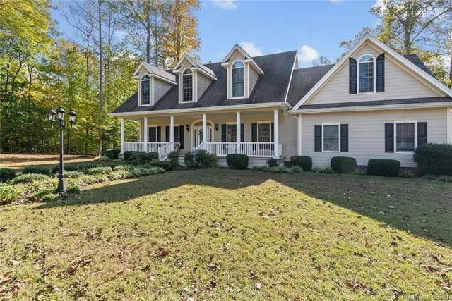 51 Grand Villa Drive, Weems, VA 22576 (MLS #2034470) :: Treehouse Realty VA