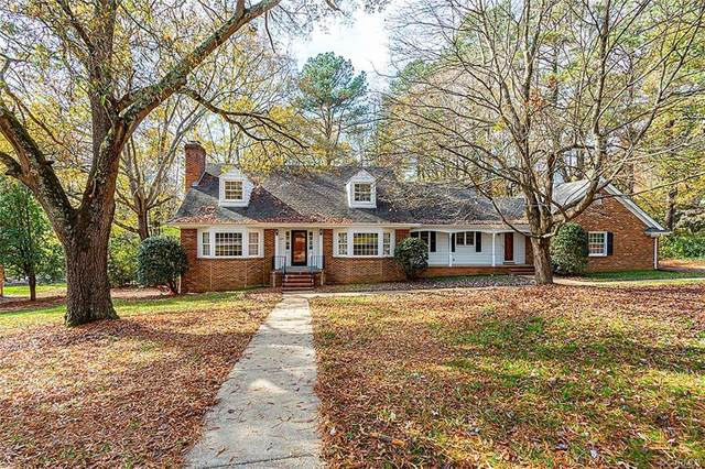 208 Sweetbriar Drive, Goochland, VA 23238 (MLS #2034806) :: The Redux Group