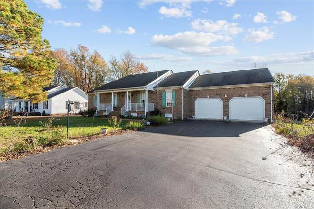1329 Hoskins Drive, Tappahannock, VA 22560 (MLS #2034998) :: The Redux Group