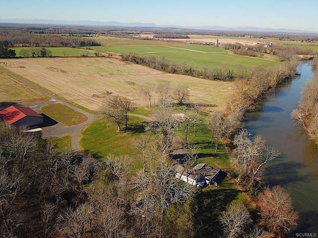 15391 Kellys Ford Road, Remington, VA 22701 (MLS #2035357) :: The Redux Group