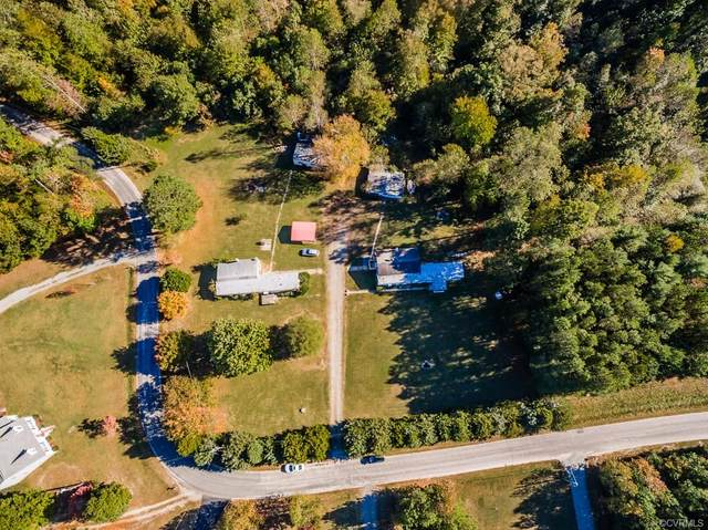 712 710 Deep Landing Road, Tappahannock, VA 22560 (MLS #2035900) :: Village Concepts Realty Group