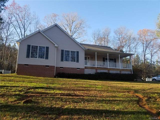 10420 Redfield Drive, Amelia, VA 23002 (MLS #2035904) :: Village Concepts Realty Group