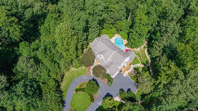 12350 N Oaks Drive, Ashland, VA 23005 (MLS #2036931) :: Village Concepts Realty Group