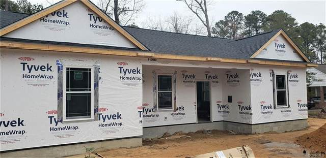 418 Lincoln Avenue, Jarratt, VA 23867 (MLS #2037096) :: Treehouse Realty VA