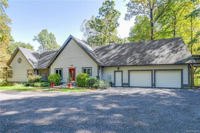 1921 Woodberry Mill Road, Powhatan, VA 23139 (MLS #2100346) :: Village Concepts Realty Group