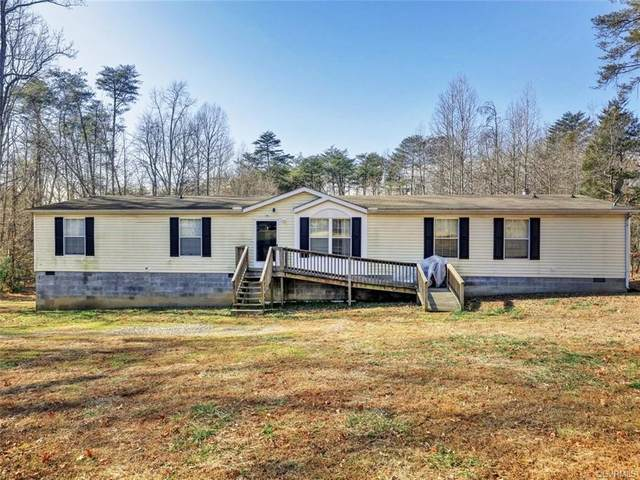 3829 Maidens Road, Powhatan, VA 23139 (MLS #2101293) :: EXIT First Realty