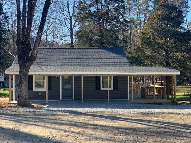 5502 Lakeside Drive, Powhatan, VA 23139 (MLS #2102284) :: Treehouse Realty VA