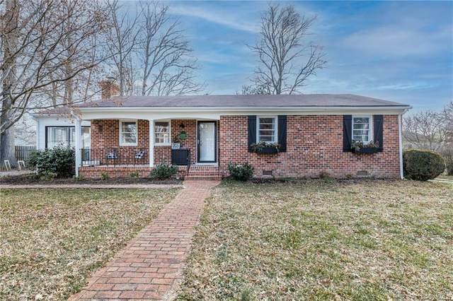 203 Chapman Street, Ashland, VA 23005 (MLS #2103041) :: The Redux Group