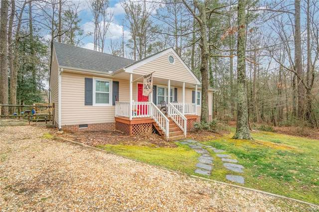 4104 Mariposa Drive, Chesterfield, VA 23834 (MLS #2104597) :: The Redux Group