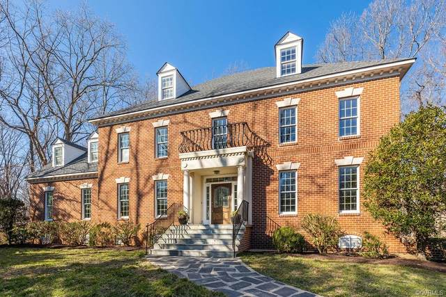 11902 Reeds Bluff Lane, Midlothian, VA 23113 (#2104992) :: The Bell Tower Real Estate Team