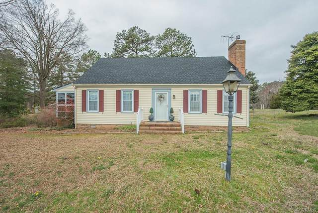 7908 Halifax Road, North Dinwiddie, VA 23805 (MLS #2108070) :: Village Concepts Realty Group