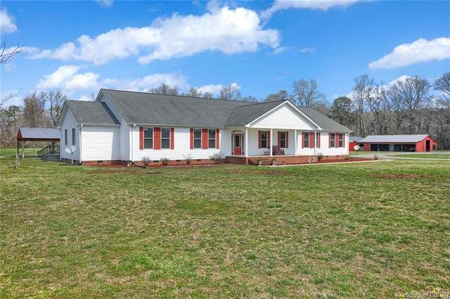 6211 Hall Town Road, Gloucester, VA 23061 (MLS #2108535) :: Village Concepts Realty Group