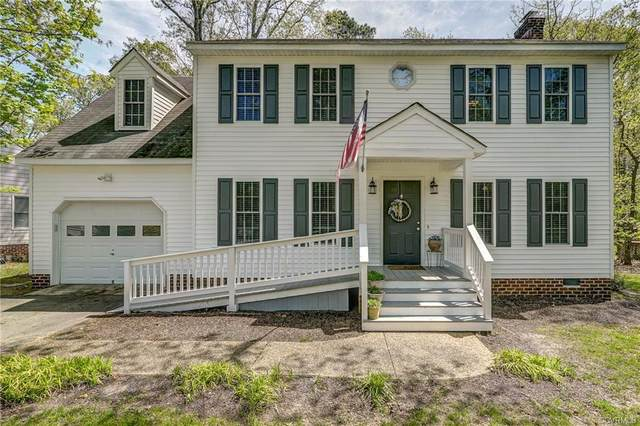 4401 Jacobs Bend Drive, North Chesterfield, VA 23236 (#2109302) :: The Bell Tower Real Estate Team