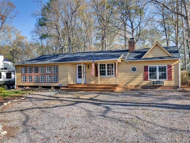10506 Ridgerun Road, Chesterfield, VA 23832 (MLS #2109390) :: Village Concepts Realty Group