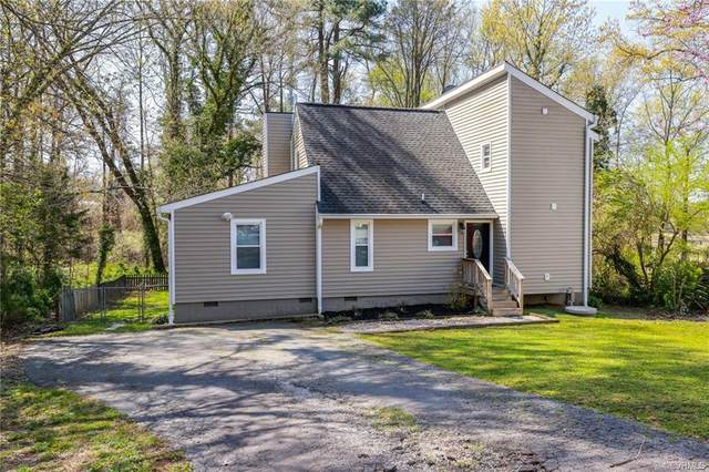 8401 Hann Road, North Chesterfield, VA 23236 (MLS #2109640) :: Village Concepts Realty Group