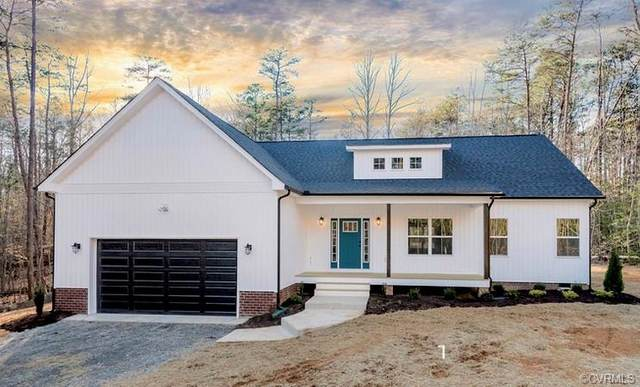 3984 Helmut Lane, Goochland, VA 23093 (MLS #2109870) :: Village Concepts Realty Group