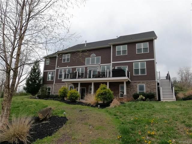 2647 Peach Grove Road, Louisa, VA 23093 (#2110510) :: The Bell Tower Real Estate Team
