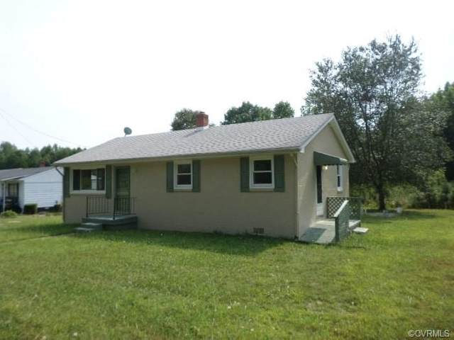 981 E Courthouse Road, Nottoway, VA 23824 (MLS #2112140) :: Treehouse Realty VA