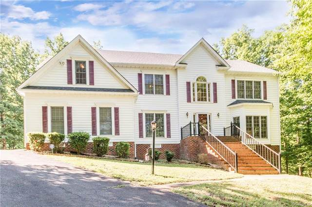721 Dove Path Lane, South Chesterfield, VA 23834 (MLS #2112173) :: The Redux Group