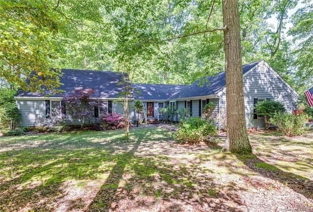 347 Wilton Coves Drive, Hartfield, VA 23071 (MLS #2112609) :: The Redux Group