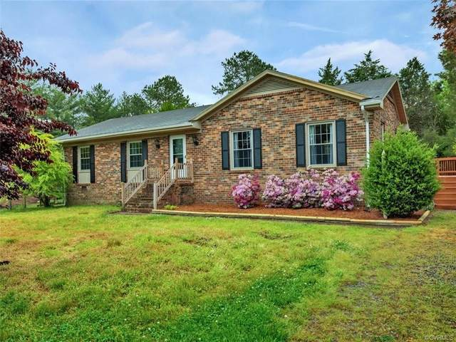 4411 Toccoa Terrace, Sandston, VA 23150 (MLS #2112631) :: Small & Associates