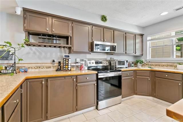 172 Corwin Circle, Hampton, VA 23666 (MLS #2112952) :: EXIT First Realty