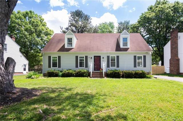 2231 Quarterstaff Road, North Chesterfield, VA 23235 (#2112986) :: Abbitt Realty Co.