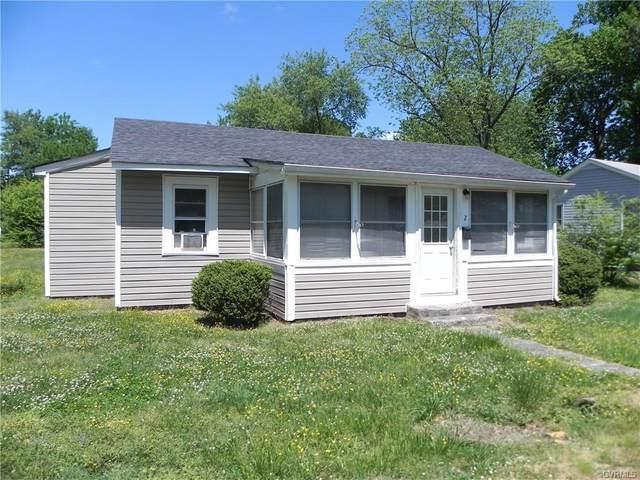 2 W Berry Street, Sandston, VA 23150 (MLS #2113309) :: The Redux Group