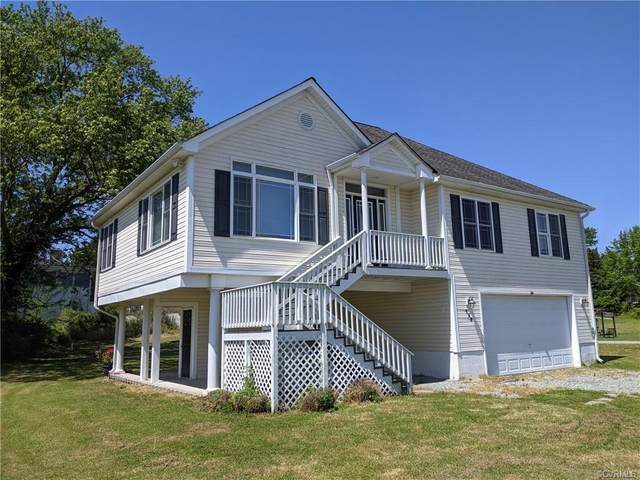 159 Sandy Beach Road, Dunnsville, VA 22454 (MLS #2113530) :: Village Concepts Realty Group