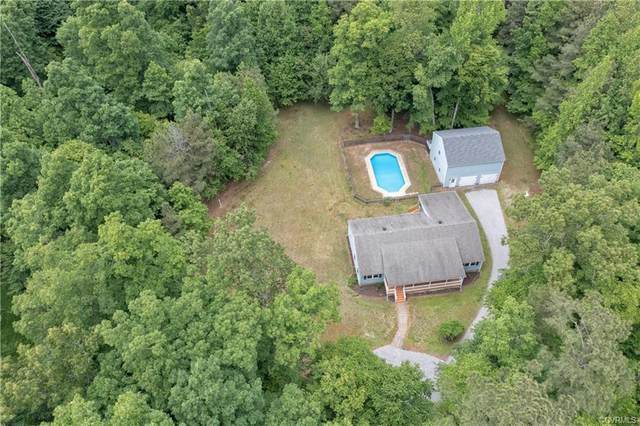 11912 Old Stage Road, Prince George, VA 23875 (MLS #2113714) :: Village Concepts Realty Group