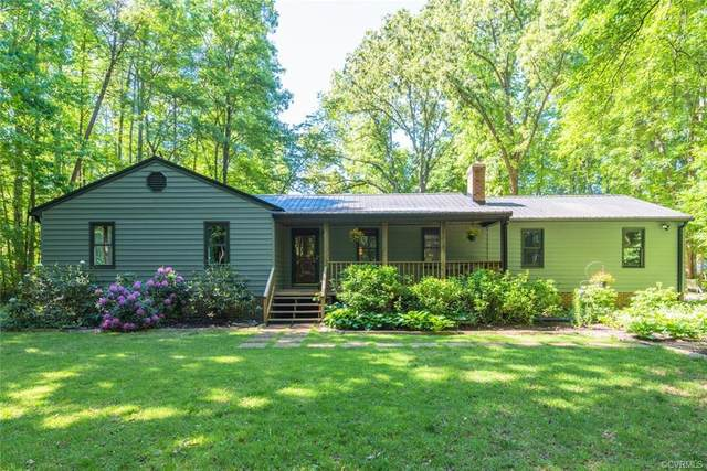 4305 Lockin Road, Powhatan, VA 23139 (MLS #2114054) :: Village Concepts Realty Group