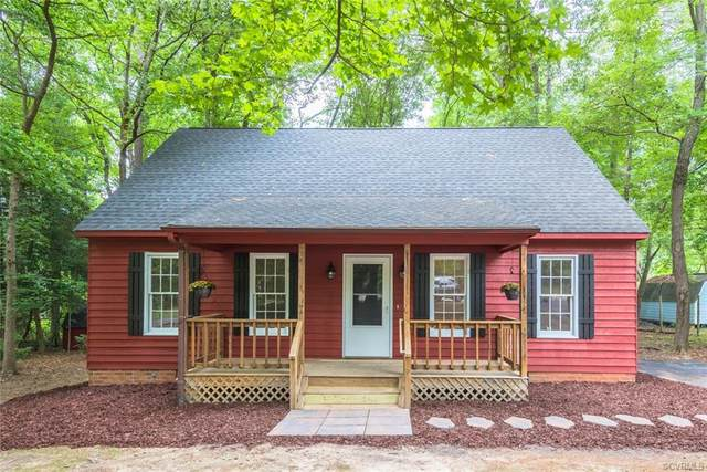 8502 Den Bark Place, North Chesterfield, VA 23235 (MLS #2115882) :: Village Concepts Realty Group