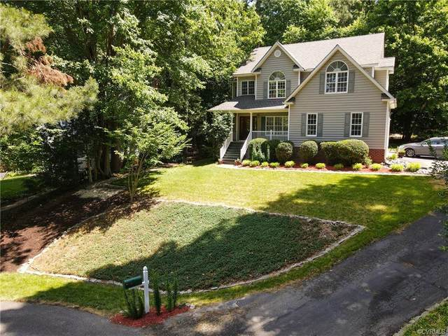 9602 Kingussle Lane, North Chesterfield, VA 23236 (MLS #2116196) :: Village Concepts Realty Group