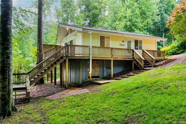 5700 Lakeview Road, Quinton, VA 23141 (MLS #2117003) :: The RVA Group Realty