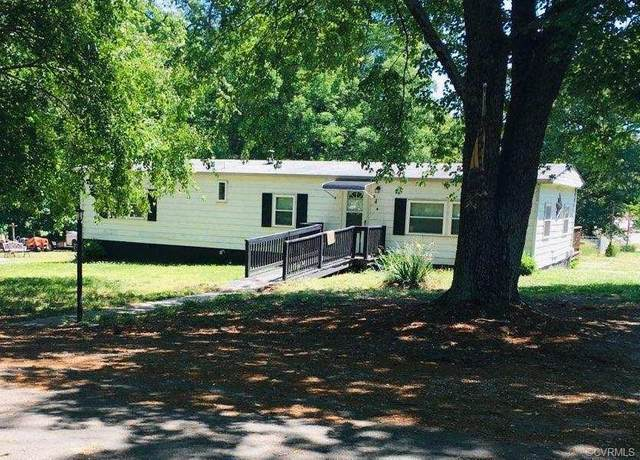 208 Atwood Street, Burkeville, VA 23922 (MLS #2117405) :: Village Concepts Realty Group