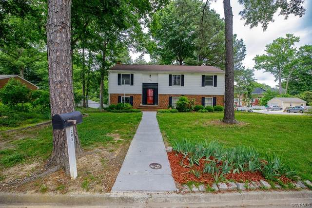 202 Windmere Drive, Colonial Heights, VA 23834 (MLS #2117518) :: Village Concepts Realty Group