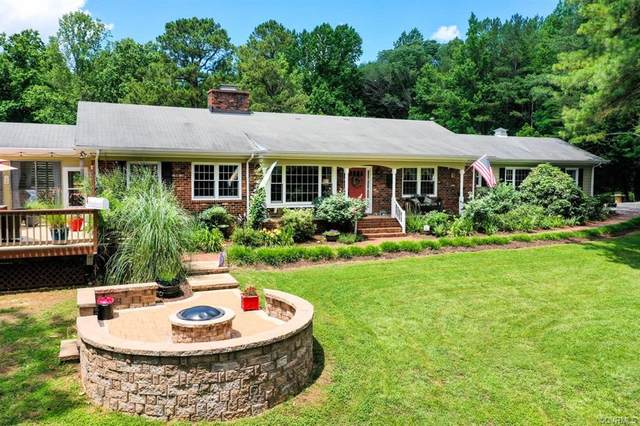 1990 Strawberry Run, Crozier, VA 23039 (#2118107) :: The Bell Tower Real Estate Team