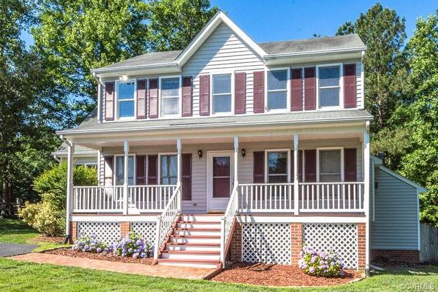 8024 Flag Tail Drive, Chesterfield, VA 23112 (MLS #2118396) :: The RVA Group Realty