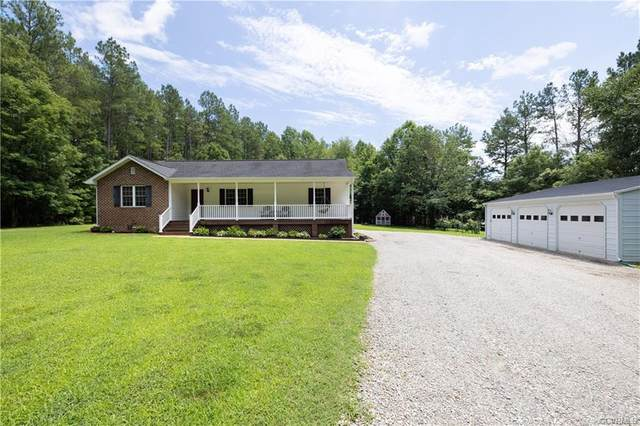 3176 Benchmark Trail, Amelia Courthouse, VA 23002 (MLS #2120081) :: Village Concepts Realty Group